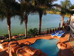 South Africa hotels with lake view