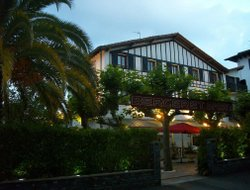 Top-8 hotels in the center of Hendaye