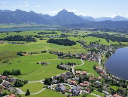 Top-9 hotels in the center of Hopfen am See