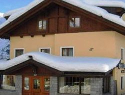 Pets-friendly hotels in Tonale