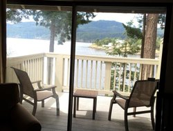 Orcas Island hotels with restaurants