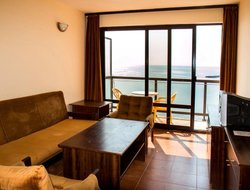 Kiten hotels with sea view