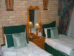 Port Alfred hotels with sea view