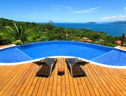 Ilhabela hotels with swimming pool