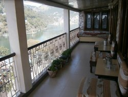 Nainital hotels with lake view