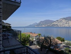 Malcesine hotels with swimming pool