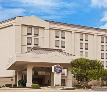 Hampton Inn Cincinnati Riverfront