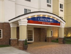 Pets-friendly hotels in Brownsburg