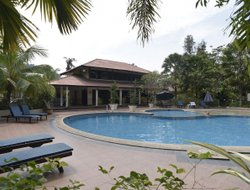 Pangkor Island hotels with swimming pool