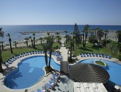 Voroklini hotels for families with children