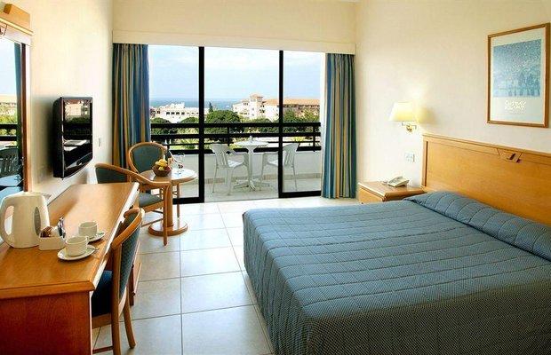 фото Avanti Hotel 779430442