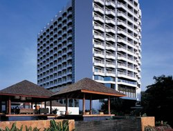 Bang Lamung hotels for families with children