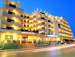Top-10 hotels in the center of Qawra