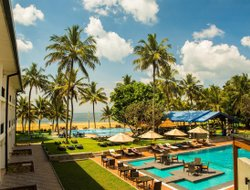 Negombo hotels for families with children