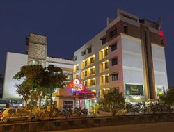 Kolhapur hotels with restaurants