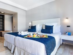 Top-3 of luxury Platja de Muro hotels