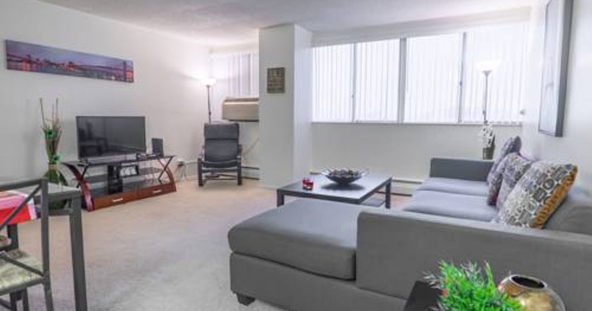 Barrington Apartment B3528