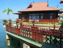 Makassar hotels with sea view