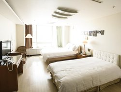 Incheon hotels with restaurants