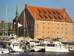 Gdansk hotels with restaurants