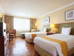 Tagaytay hotels with swimming pool