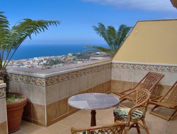 Icod De Los Vinos hotels with sea view