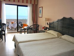 Los Cancajos hotels with sea view