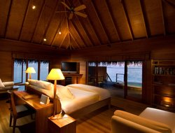 Maldives hotels for families with children