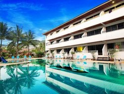 Top-10 hotels in the center of Karon