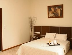Pets-friendly hotels in Alimos