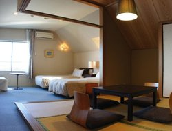 Honshu Island hotels with swimming pool