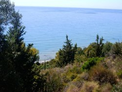 Agios Gordios hotels with sea view