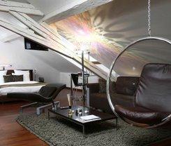 Genebra: CityBreak no La Cour Des Augustins Boutique Gallery Design Hotel desde 147€