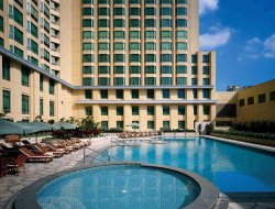 Makati City hotels for families with children