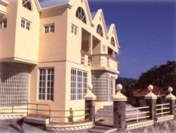 Kingstown hotels with sea view