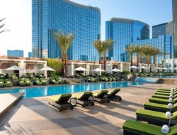 Las Vegas hotels with restaurants