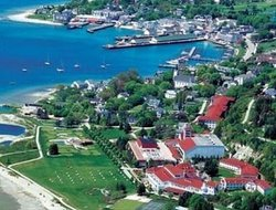 Pets-friendly hotels in MacKinac Island