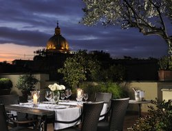 Rome hotels with river view