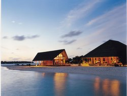 South Male Atoll hotels with swimming pool