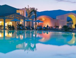 Castiadas hotels with swimming pool