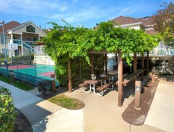 Pets-friendly hotels in Maryland Heights
