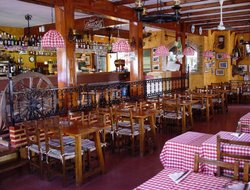 Calella hotels with restaurants