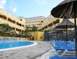 Los Gigantes hotels with swimming pool