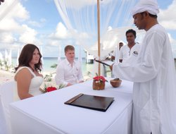 Ari Atoll hotels with sea view
