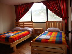 Otavalo hotels with restaurants