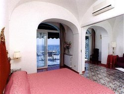 Amalfi hotels with restaurants