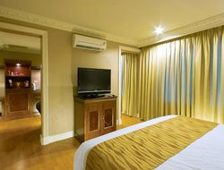 Top-10 hotels in the center of Angeles City
