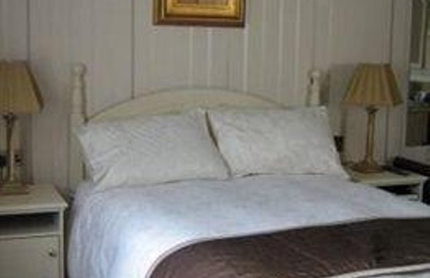фото St. Joseph`s Bed and Breakfast 791610065