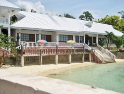 Oslob hotels with swimming pool