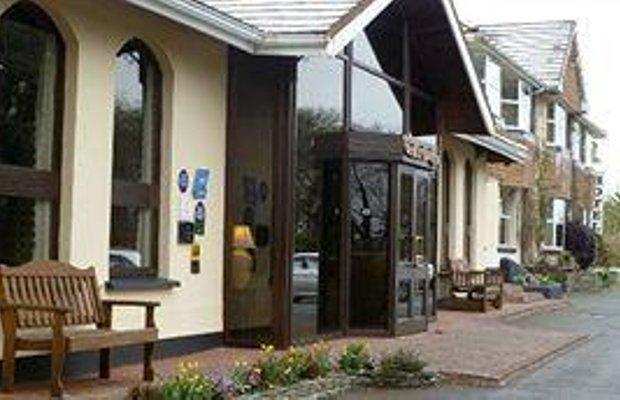 фото The Cedar Lodge Hotel and Restaurant 795059932
